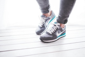 healthy-light-woman-legs-shoes-running